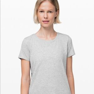 Lululemon Love Tee -Crew size 6 Gray